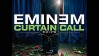 Eminem- Shake That