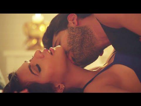 Ruhi Singh Intimate Scene with Karan Kundra | DO CHAAR DIN Song