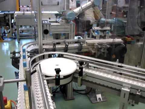 UNIVERSAL ROBOTS Verpacken von Shampooflaschen 2/2