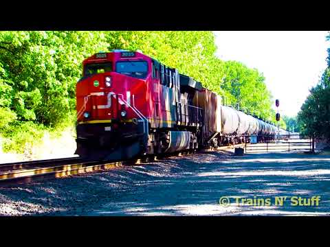 A Southwest Washington railfan evening: ACUs, Horizons, and a CN oil train!