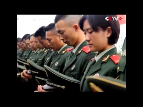 Frontier Police, Soldiers Across China Mourn Martyrs on Tomb Sweeping Day