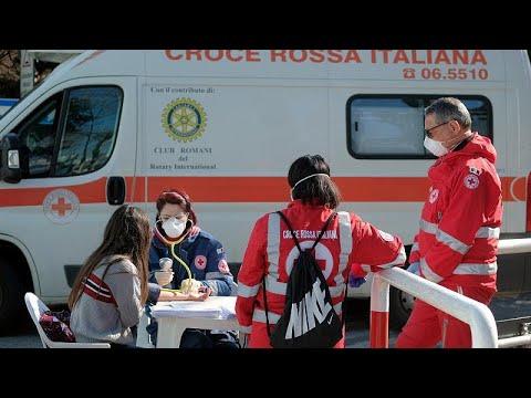 El coronavirus combatido en casa en Italia