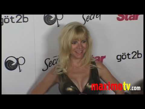 Jennifer Elise Cox at STAR MAGAZINE YOUNG HOLLYWOOD EVENT