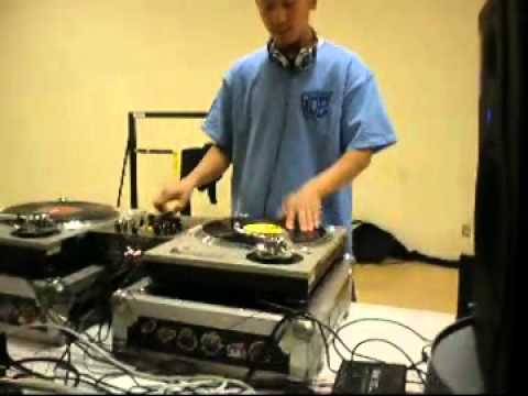 Dj Phatrick Teaching at ROE afterschool program