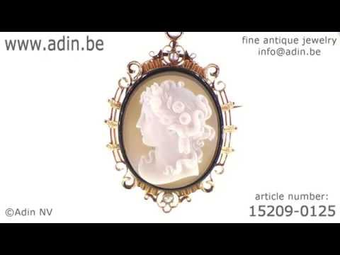 French Victorian antique hard stone cameo in elegant enameled mounting. (Adin reference: 15209-0125)