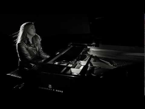 Maya Sar - I Passi Che Fai ESC 2012 / Korake ti znam (Italian version) - Official Video Maya Sar