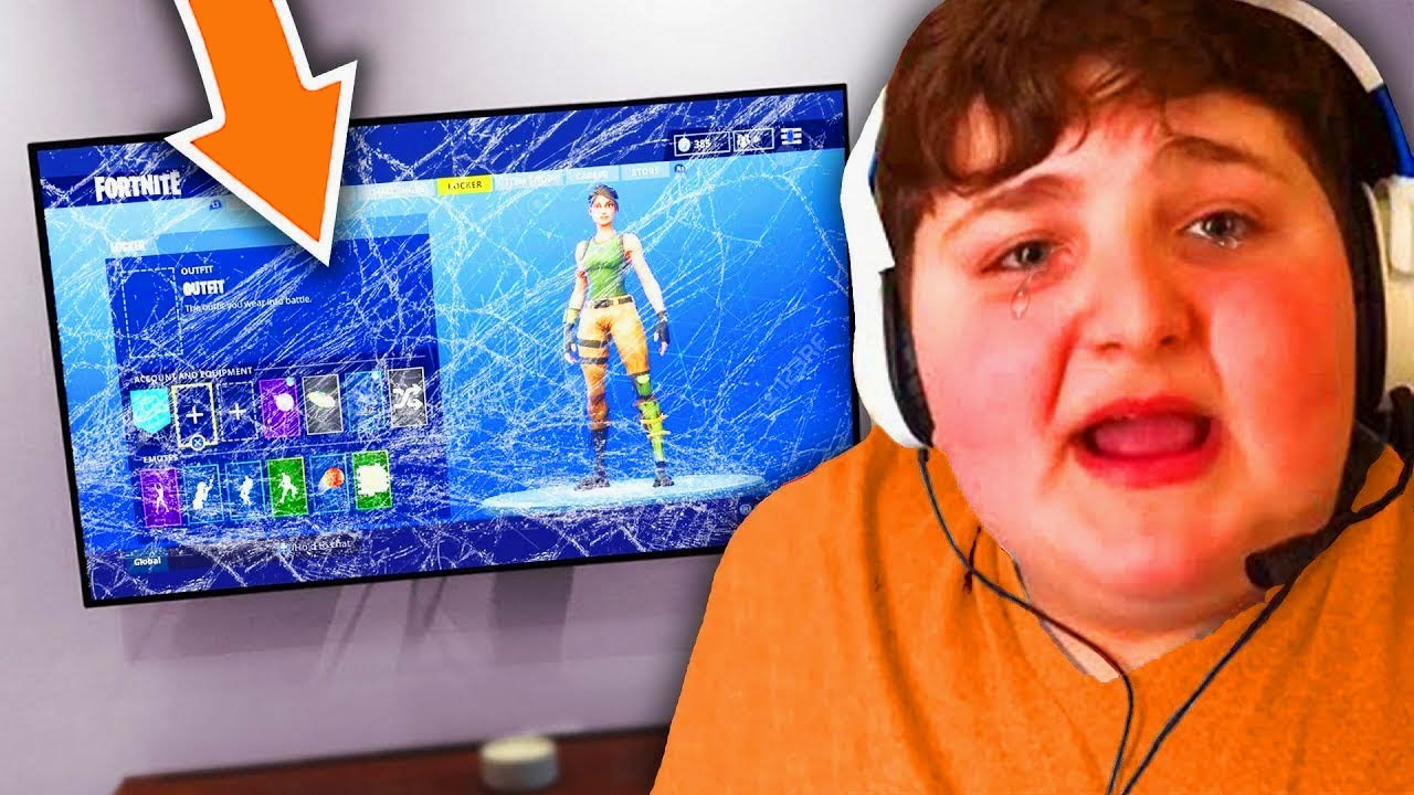 he punched TV after mom turns off wifi.. (fortnite)