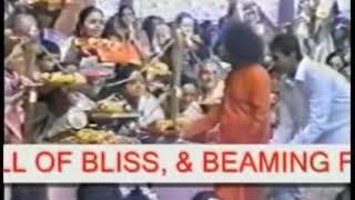 SATHYA SAI BABA Video   Rare sai grace  Akshatha Anugraham