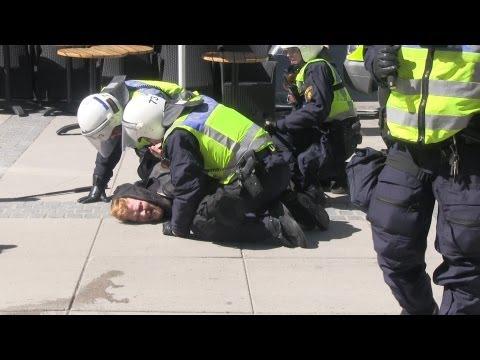 Jönköpingskravallerna 2013 - Under kravallerna