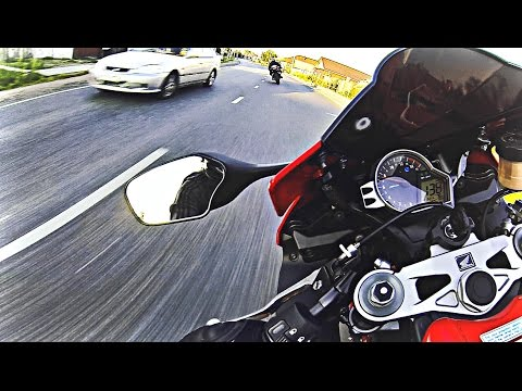 Гонки на мотоциклах - Безбашенная езда по городу - Видео приколы ржачные до слез