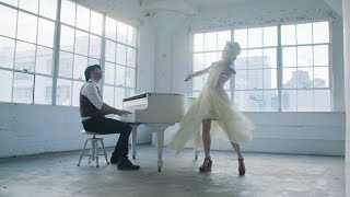 Download Lindsey Stirling - The Greatest Showman Medley Mp3 and Videos