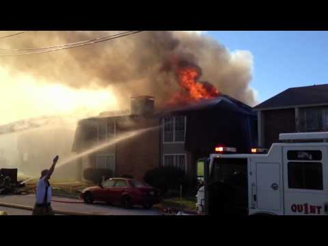 Major Apartment Fire - Dalworthington Gardens, TX FD - Very Heavy Fire Thru Roof - Part 2