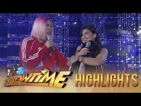 It's Showtime Miss Q & A: Anne receives a special gift