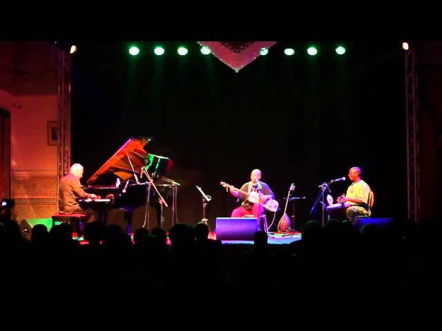 Trio Raulin Bekkas Dramé à Tanger le 8/05/14 (extrait)