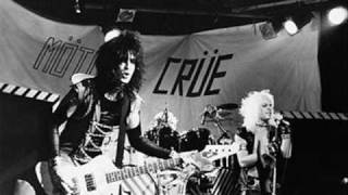 Motley Crue - Too Fast For Love (live 1981) Whiskey