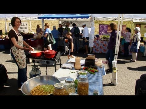 Teaching Cooking Classes at the Farmers Market