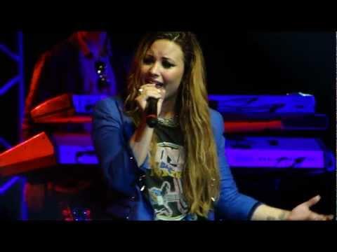 Demi Lovato - Together (Rio de Janeiro - 19.04.2012)