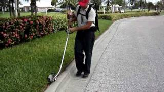 Easy-lift Harness With A Stick Edger