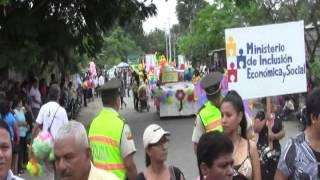 Desfile por fiestas de Mariscal Sucre
