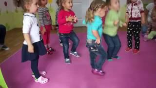 Развивающие занятия : Урок танцев, лепка, творчество и счет dance lessons,  modeling, score