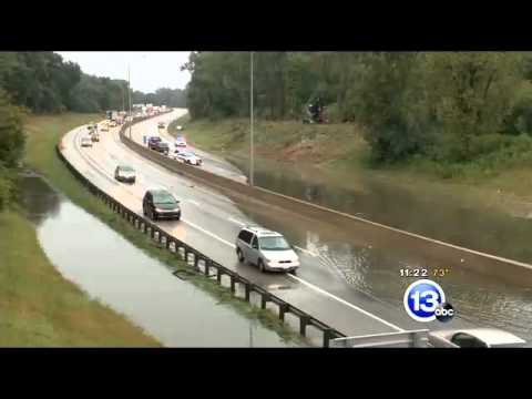 Floods swamp streets, cars   13abc com Toledo OH News, Weather and Sports 2
