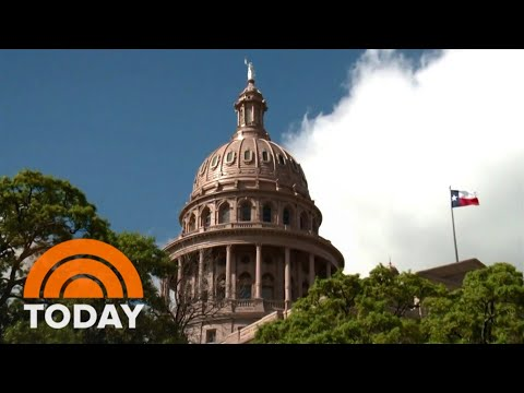 Texas Abortion Law Goes Back Into Effect, Confusing Residents
