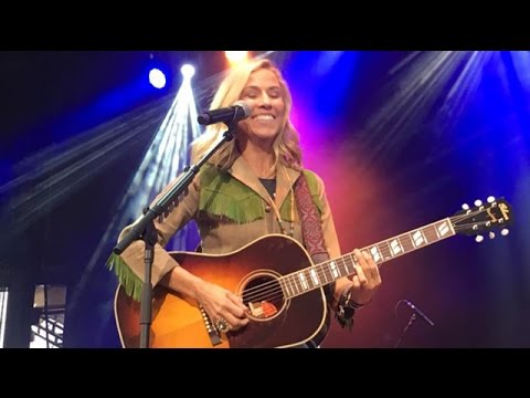 Sheryl Crow @ Outlaw Music Festival - Excerpts (18 Sept 2016)