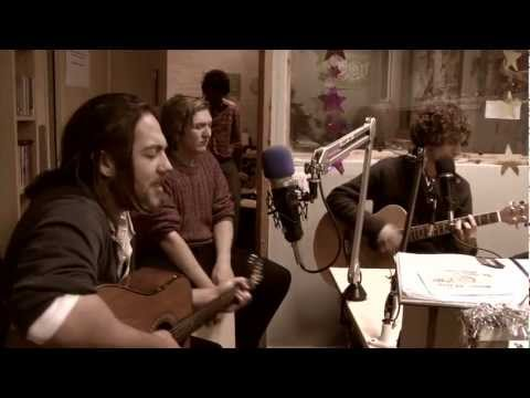 Bear Trap (acoustic) - MINING FOR GOLD - live Cambridge 105