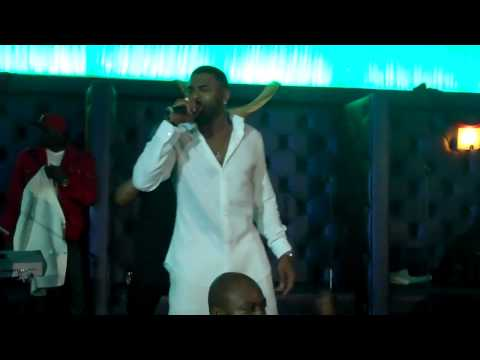 Ginuwine  Tribute of Micheal Jackson / Pony