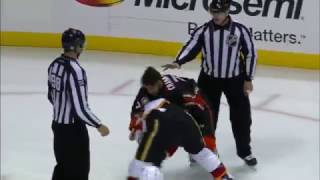 Milestone: Flames' Tkachuk drops gloves in 1st NHL fight