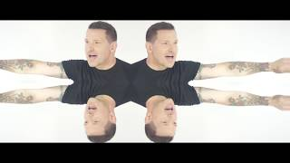 "Ty Herndon: ""Living In a Moment"" (Dance Mix) Official Music Video"