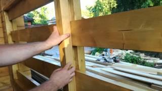 видео Ограждение террасы из дерева — деревянные перила своими руками