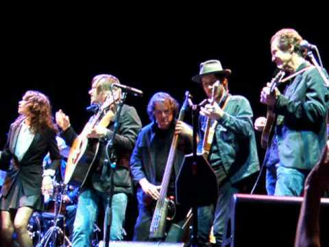 """This Train Is Bound For Glory"" Woody Guthrie Centennial Concert, Club Nokia, LA, 4.14.12.AVI"