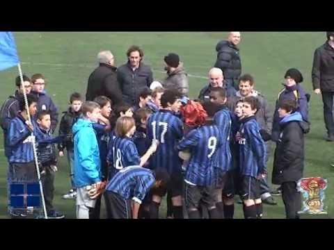 F.C. Internazionale alza il Trofeo Caroli Hotels