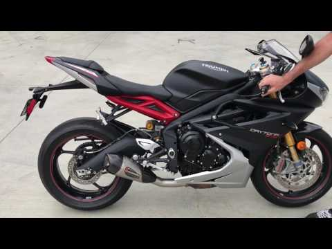 Triumph Daytona  Sound Stock vs. Yoshimura Alpha T Slip-on