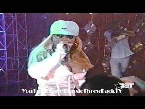 """Ray J feat. Lil' Kim - """"Wait A Minute"""" - Live (2001)"""