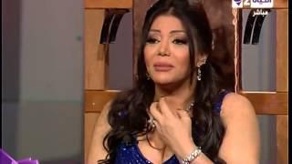 برنامج ولا تحلم - ليلي غفران تحبس دموعها عند ذكر أغنية تعشقها بنتها وأختارت كلامتها