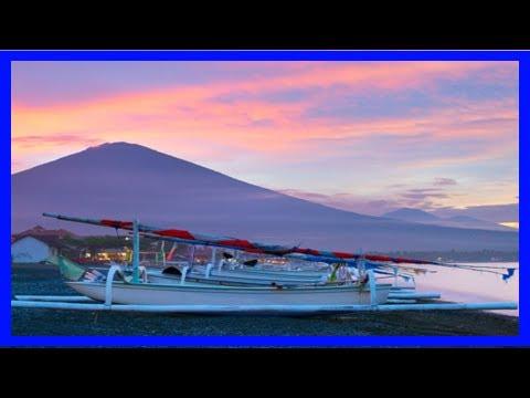 Breaking News | Bali tsunami warning amid volcano fears – travel weekly
