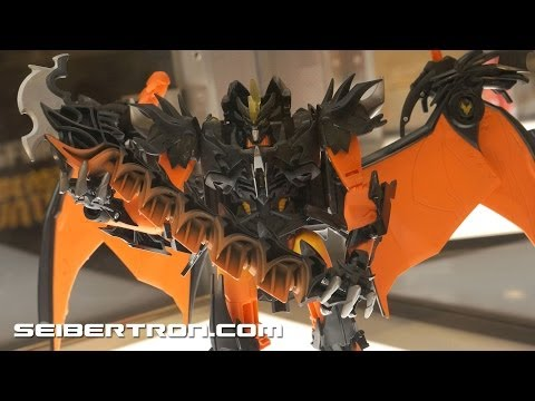 Transformers Prime Beast Hunters and Predacons Rising displays and diorama Botcon 2013