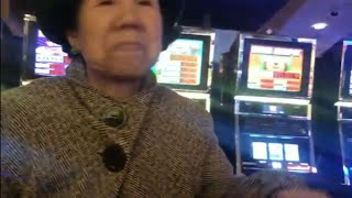 SLOT MACHINE FORTUNE TELLER LUCKY ASIAN LADY STRATEGY