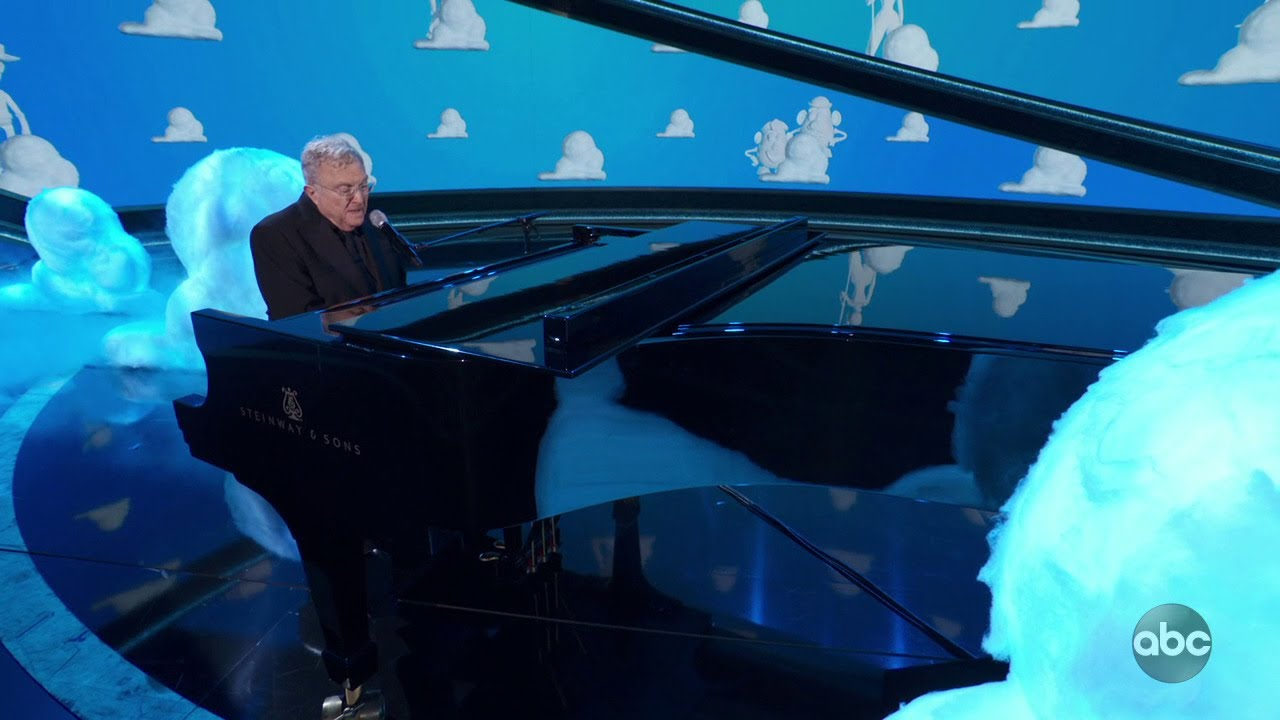 Randy Newman Oscars 2020 Performance From 'Toy Story 4'