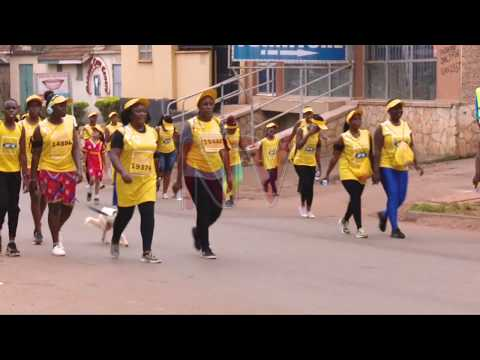 Thousands run to raise money for maternal health thumbnail