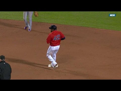 Ortiz steals first base since 2013
