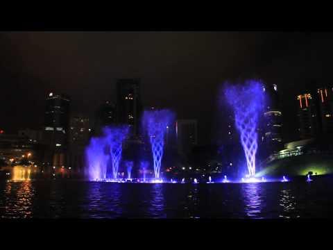 MALAYSIA: KLCC LAKE SYMPHONY WATER FOUNTAIN SHOW (HD) - CONTRADANZA by VANESSA MAE