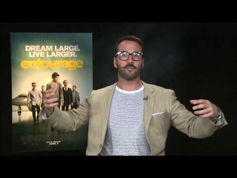 Film Critic Tom Santilli interviews Jeremy Piven about