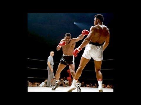 Muhammad Ali's Defense, Combos, & Counters - TECHNIQUE BREAKDOWN