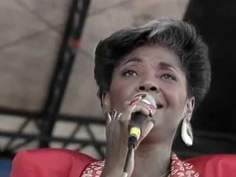 Nancy Wilson | Newport Jazz Festival | Full Concert - 08/15/87  (OFFICIAL)