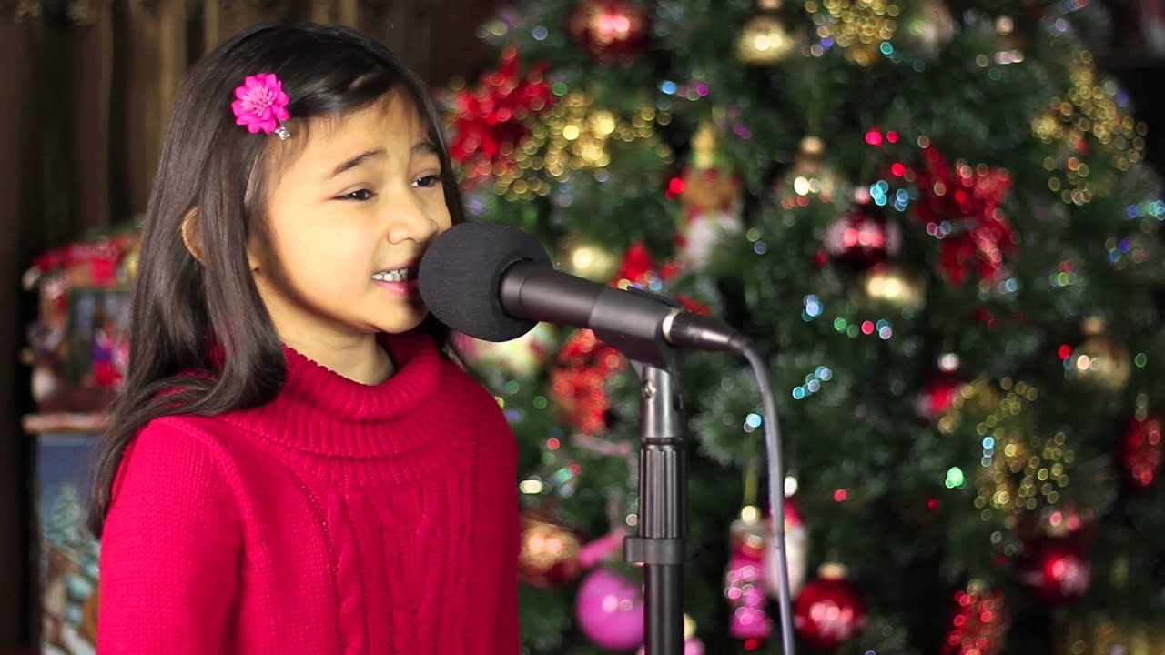 6 Yr Old Singing Oh Holy Night - Angelica Hale - YouTube