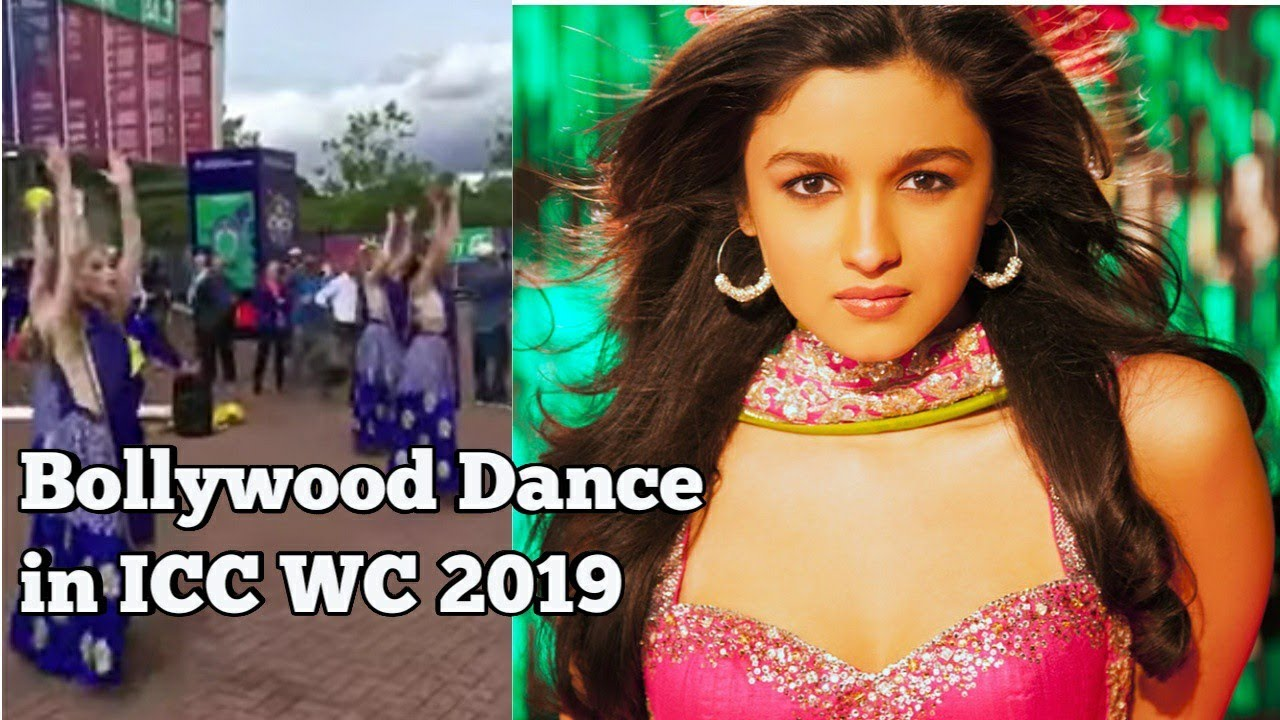 Bollywood flavor in ICC World Cup 2019 | Foreigners dancing 2 Hindi Songs | INDvsSA Match| CWC2019