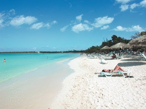 Cuba Holguin: Oct 2017 Playa Pesquero: A walk from the room to the pool and beach
